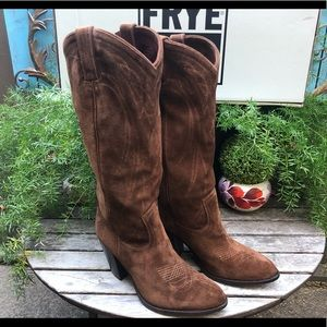 New FRYE Ilana suede leather pull on cowboy boots